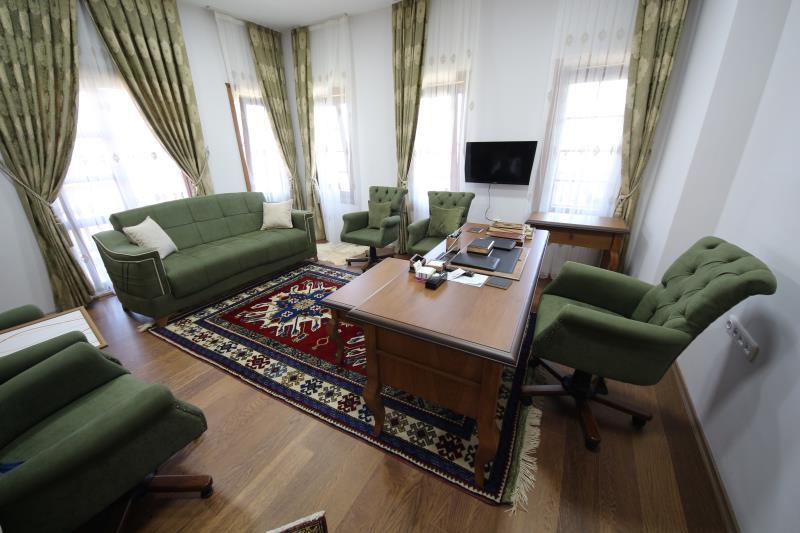 Yunusemre Belediyesi Tabiat Park Sosyal Tesisleri Meclis Salonu
